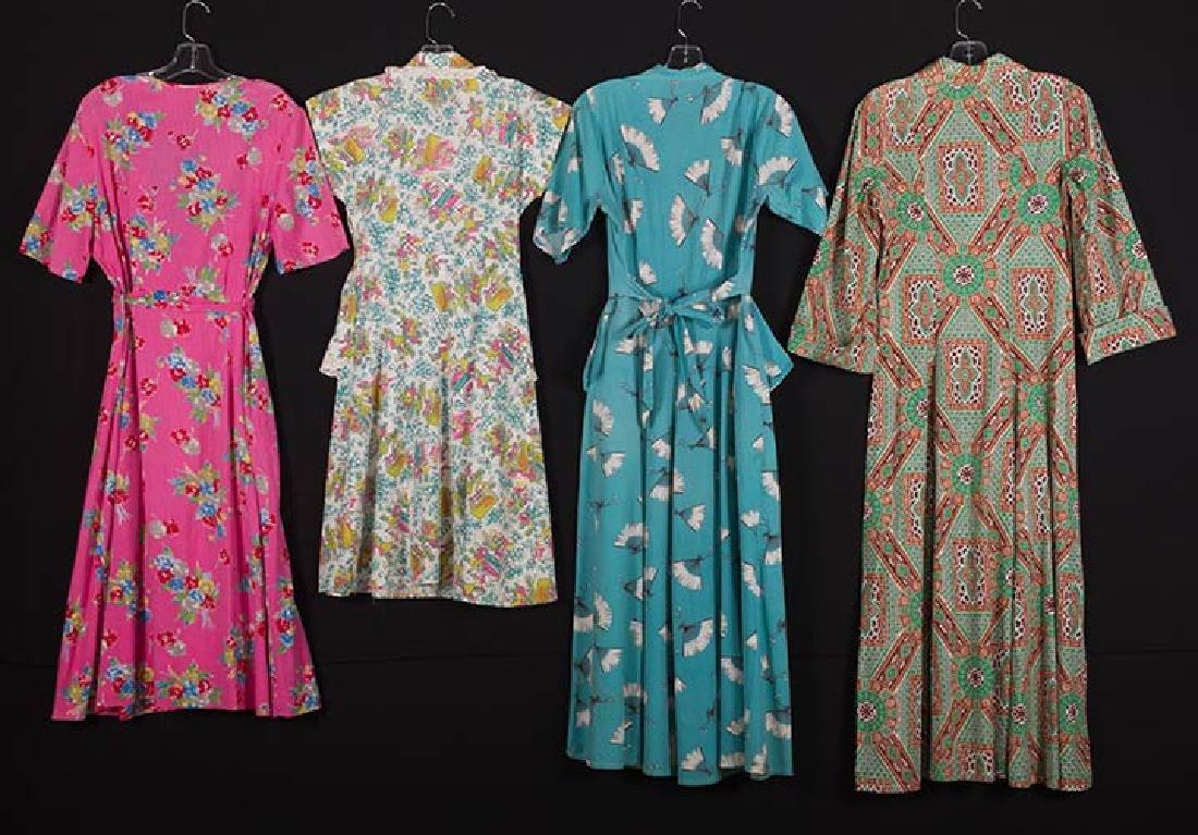 4 PRINTED HOUSE DRESSES, 1940s - 2