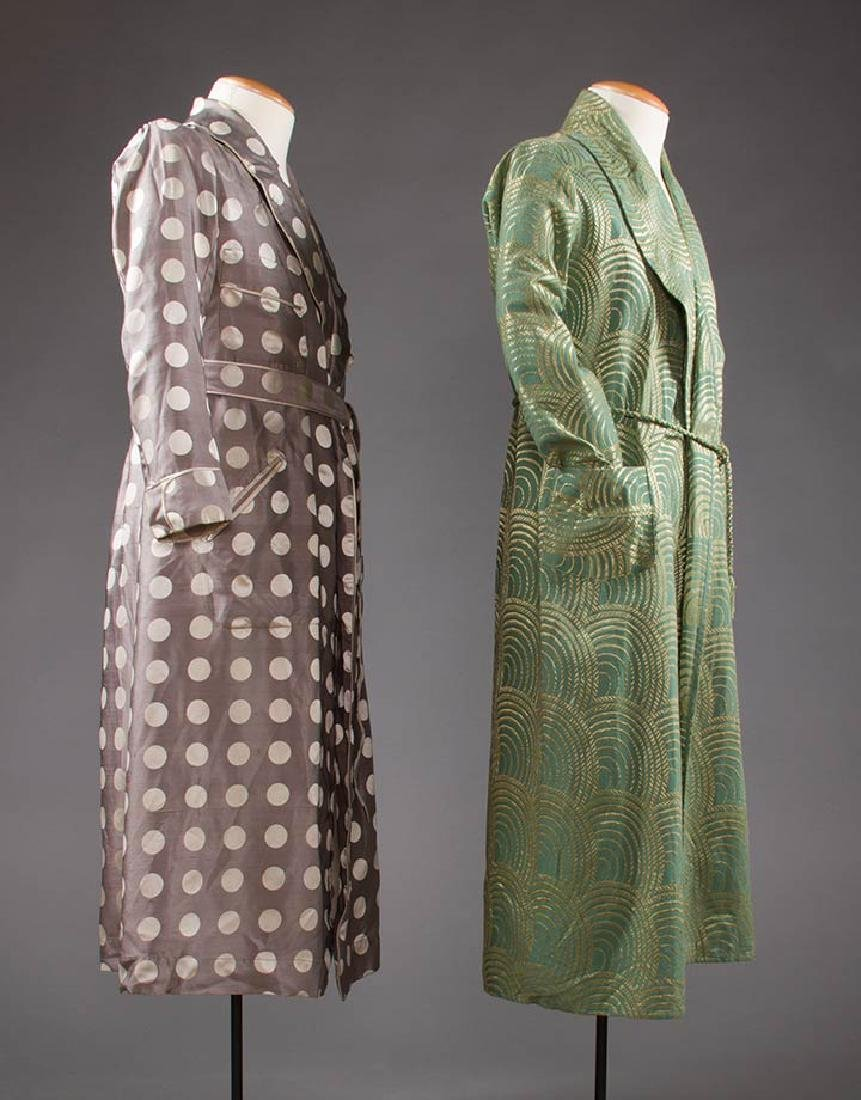 2 MEN'S SILK BATH ROBES, 1930s & 1950s - 2