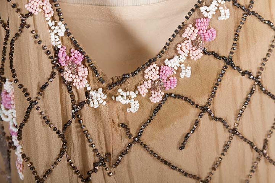 BEADED FLAPPER DRESS, 1920s - 10