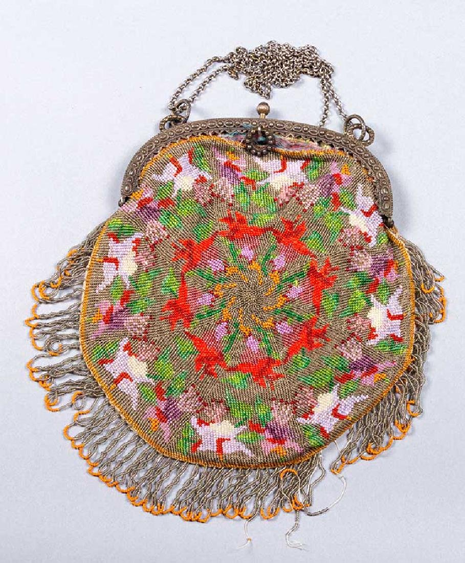 5 FRAMED BEADED BAGS, 1900-1930 - 3