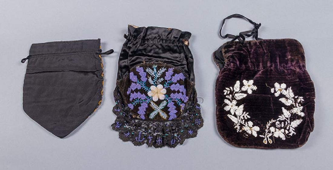 8 BEADED OR EMBROIDERED BAGS, 1910-1930 - 2