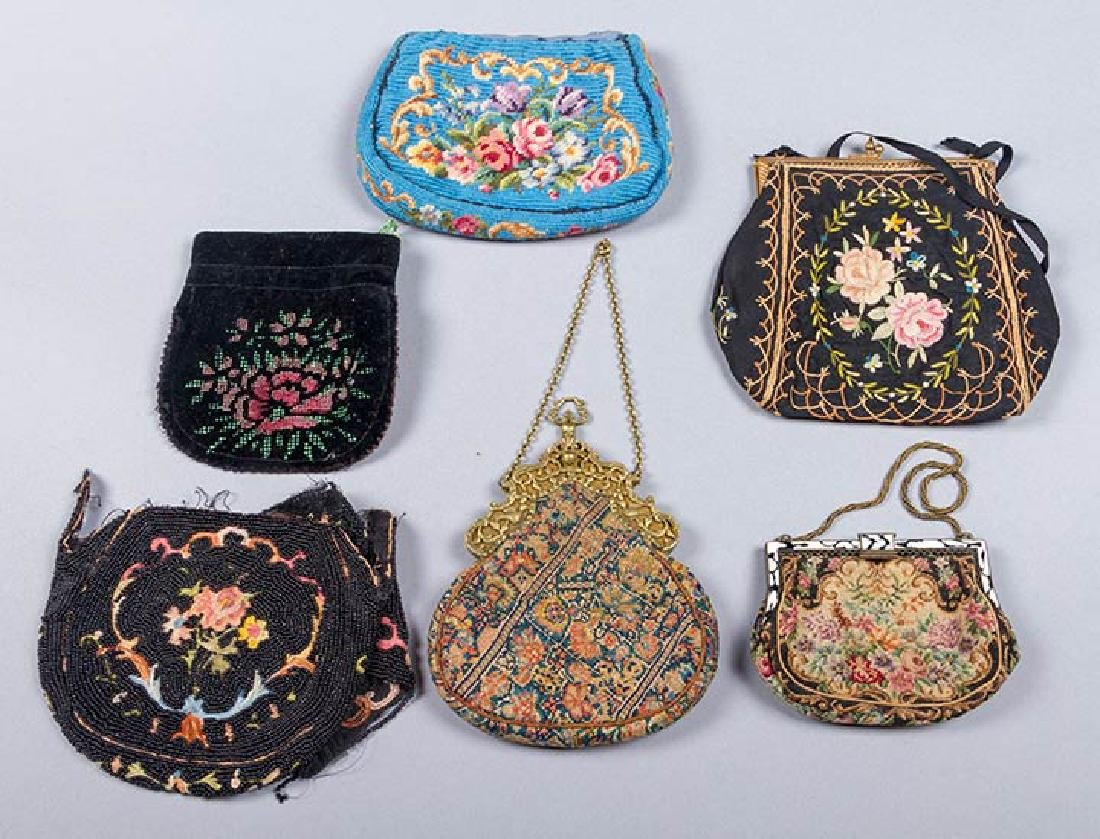 8 BEADED OR EMBROIDERED BAGS, 1910-1930 - 7
