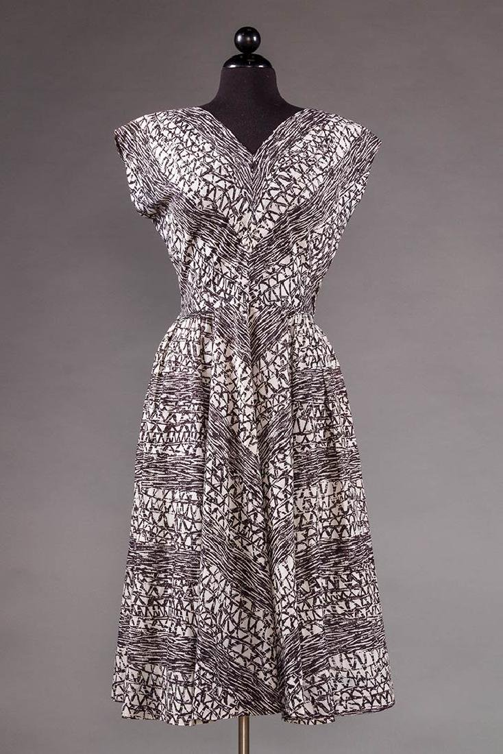 PRINTED DAY DRESS, 1950s