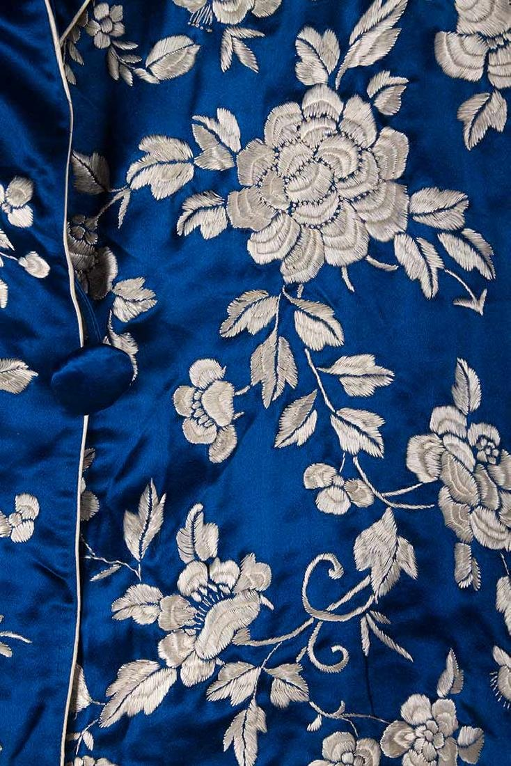 1 BLUE & 1 WHITE EMBROIDERED JACKETS, CHINA, 1950s - 4