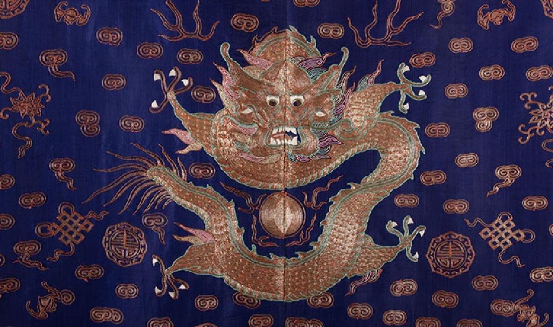 BLUE & GOLD DRAGON ROBE, CHINA, 19th C. - 3