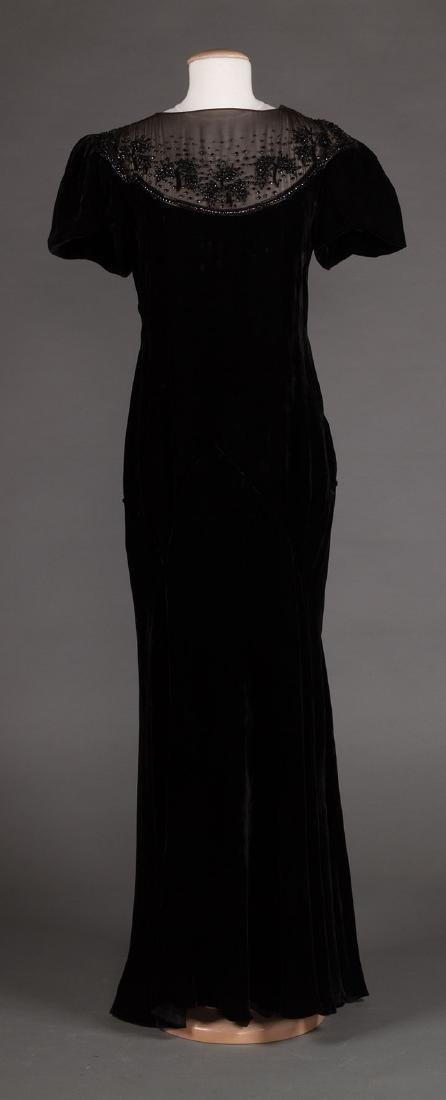 TWO BLACK VELVET EVENING GOWNS, 1930s & 1940s - 3