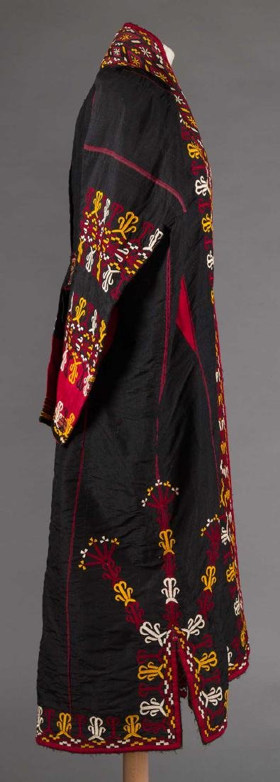 WOMANS CHYRPY, TURKMENISTAN, EARLY 20th C - 3