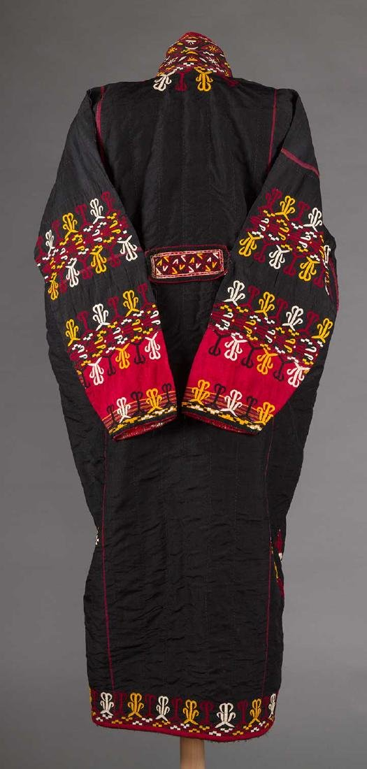 WOMANS CHYRPY, TURKMENISTAN, EARLY 20th C - 4