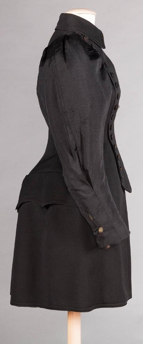 LADIES BICYCLE COAT, 1895 - 3