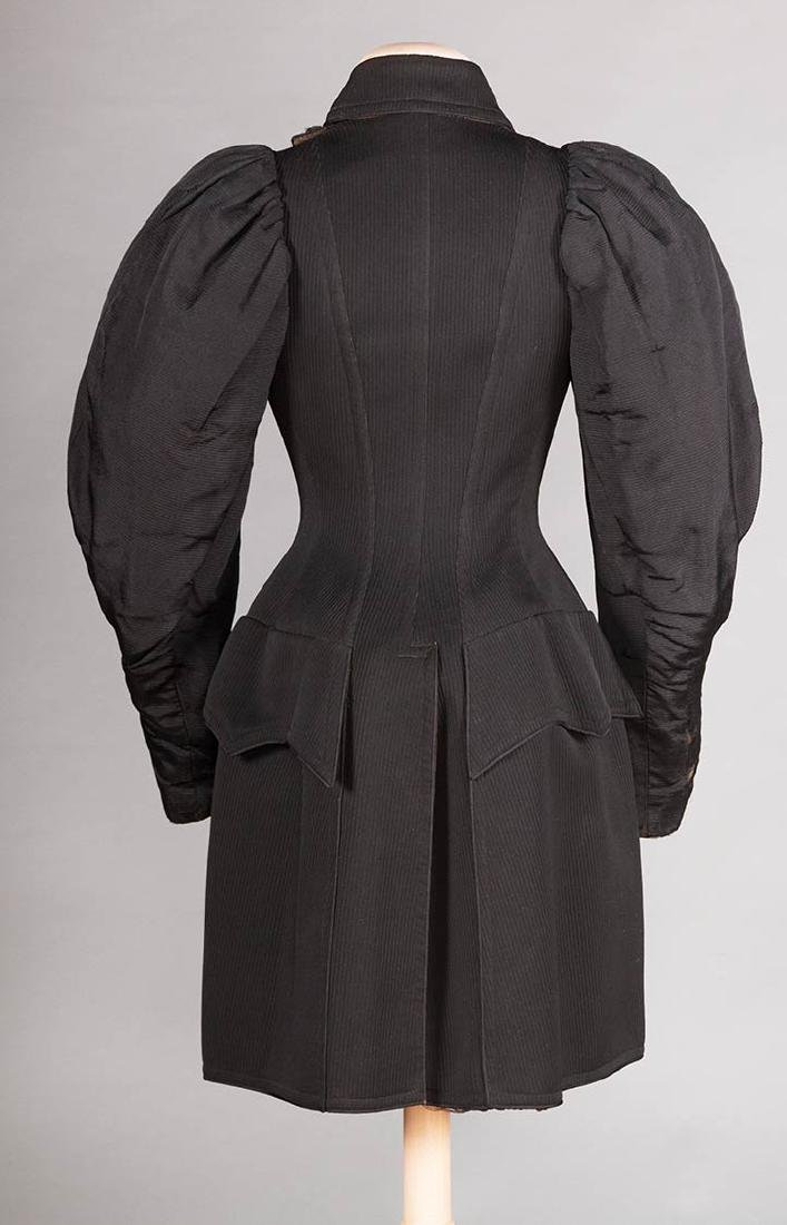 LADIES BICYCLE COAT, 1895 - 4