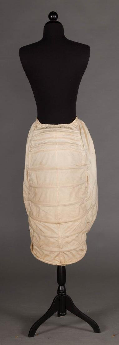 LOBSTER TAIL BUSTLE, 1870-1880 - 3