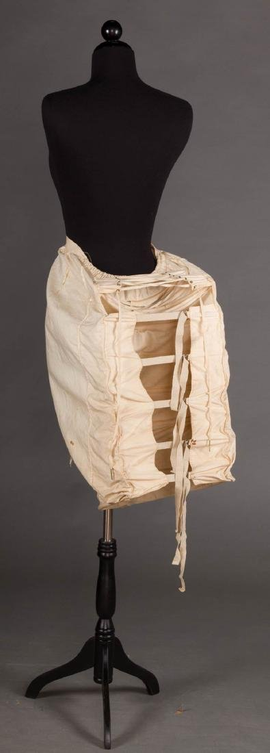 LOBSTER TAIL BUSTLE, 1870-1880 - 4