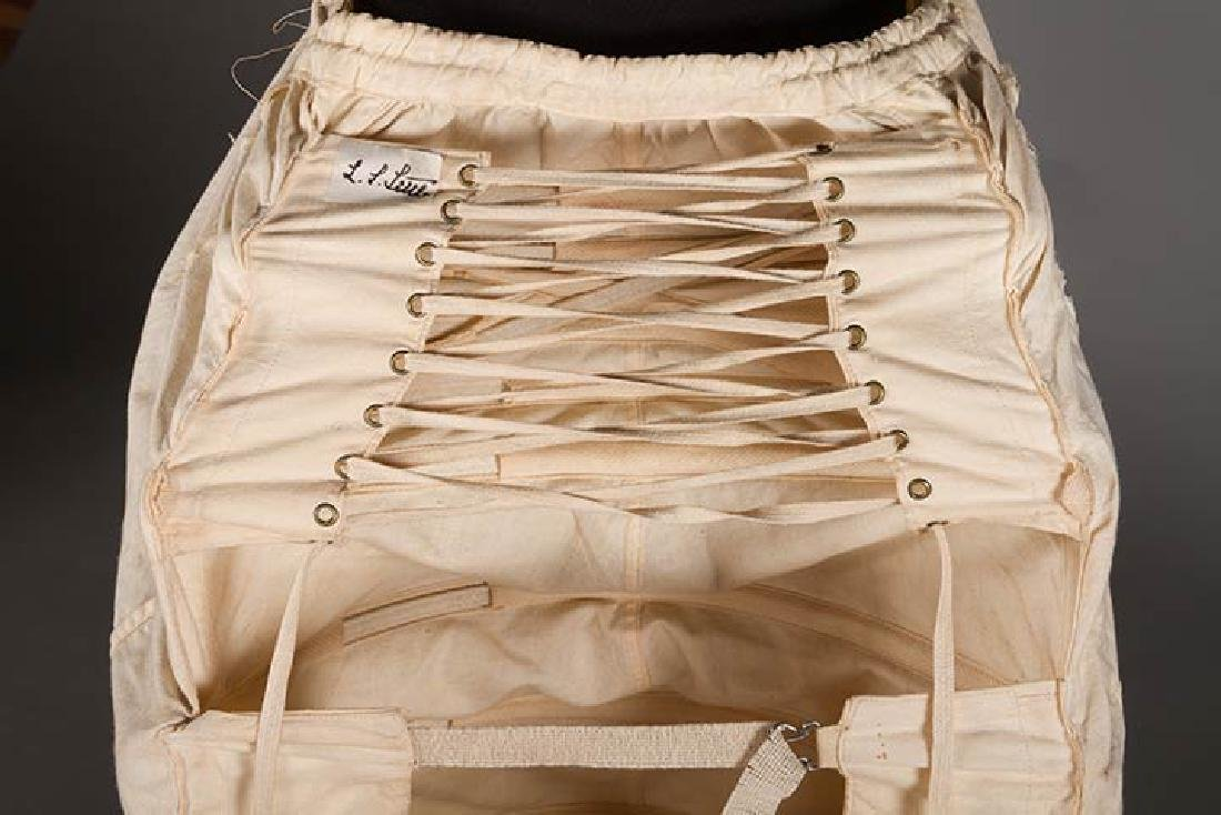 LOBSTER TAIL BUSTLE, 1870-1880 - 5