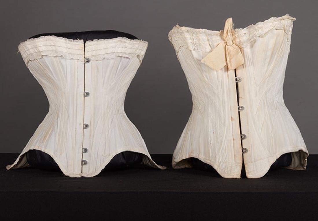 4 WHITE GIRLS CORSETS, EARLY 20th C - 2