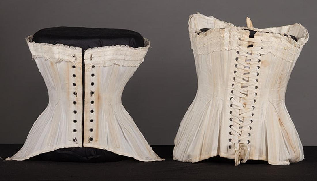 4 WHITE GIRLS CORSETS, EARLY 20th C - 4