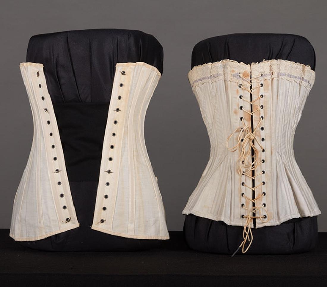 4 WHITE GIRLS CORSETS, EARLY 20th C - 7