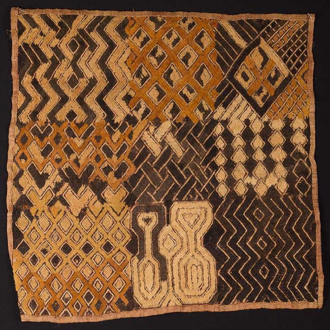 5 AFRICAN TEXTILES, 20th C. - 6
