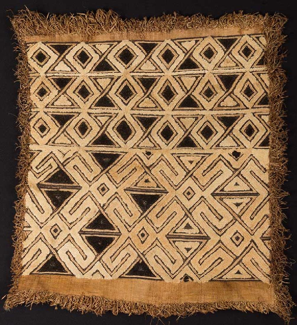 5 AFRICAN TEXTILES, 20th C. - 8