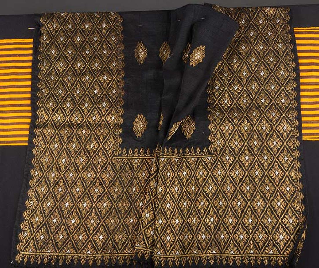 LOT OF ASSORTED ETHNIC PANELS, 20th C. - 3