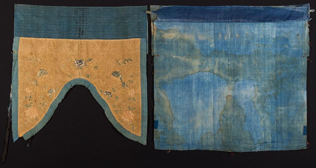 2 HANGING CHINESE BANNERS, 19th C. - 10