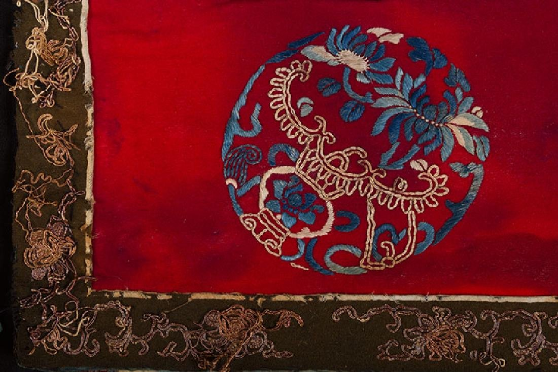 2 HANGING CHINESE BANNERS, 19th C. - 2