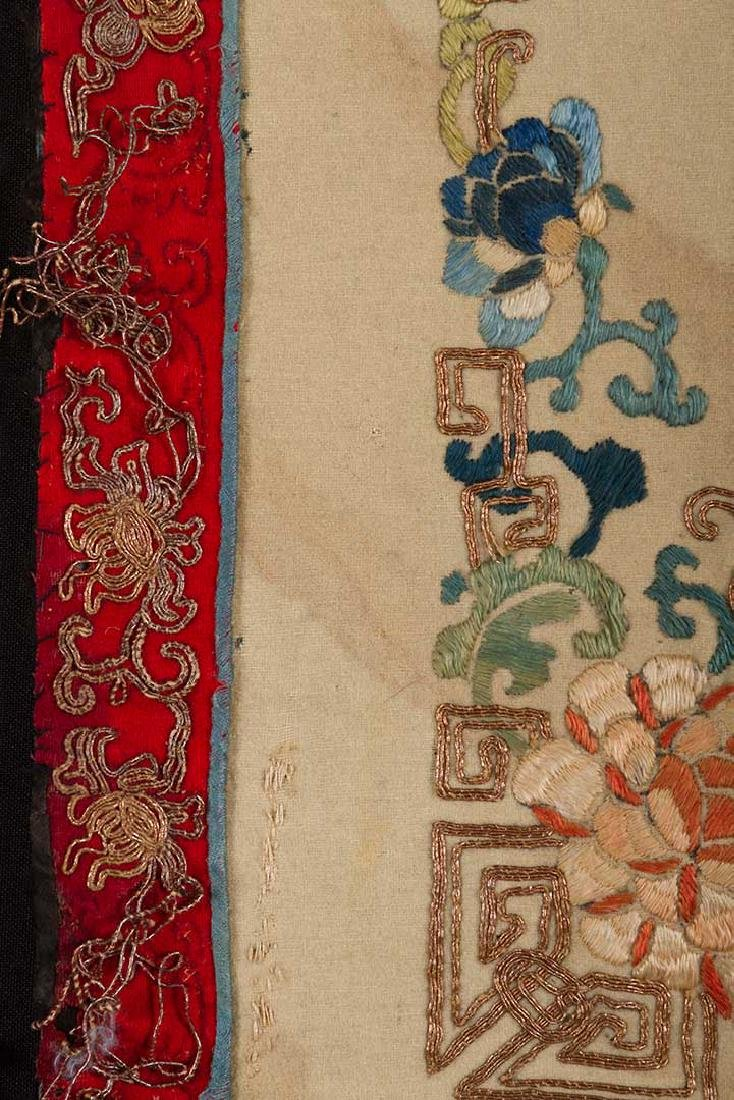 2 HANGING CHINESE BANNERS, 19th C. - 4