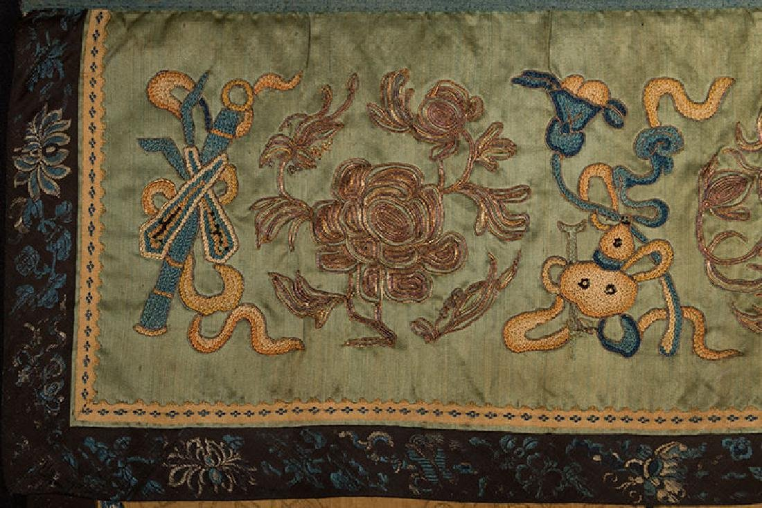 2 HANGING CHINESE BANNERS, 19th C. - 6