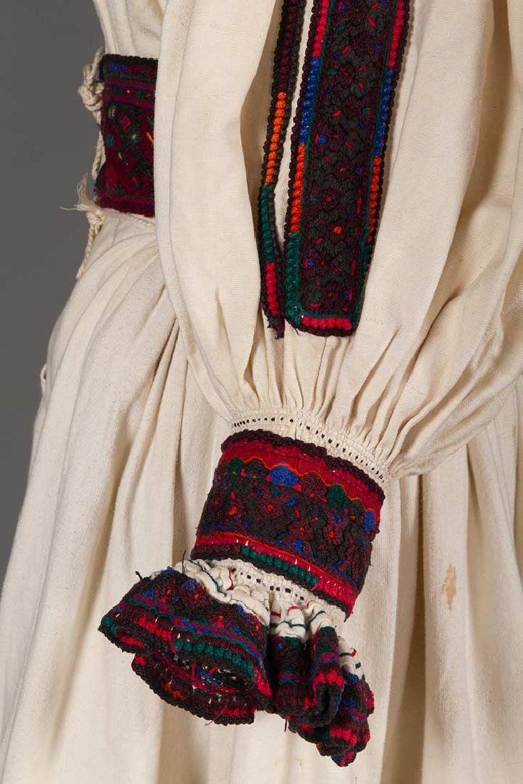 REGIONAL DRESS, EASTERN EUROPE, EARLY 20TH C. - 6