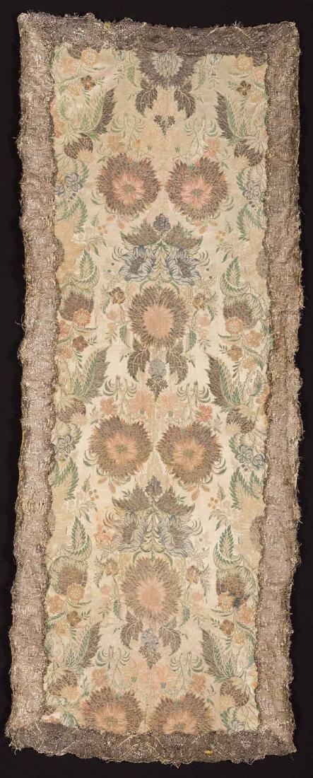 BROCADE W/ METALLIC TRIM, c. 1730