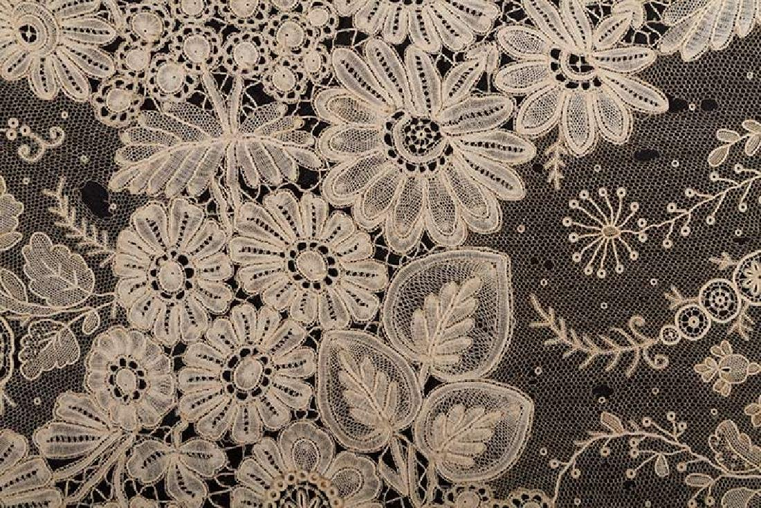 BRUSSELS MIXED LACE SHAWL, c. 1860 - 8