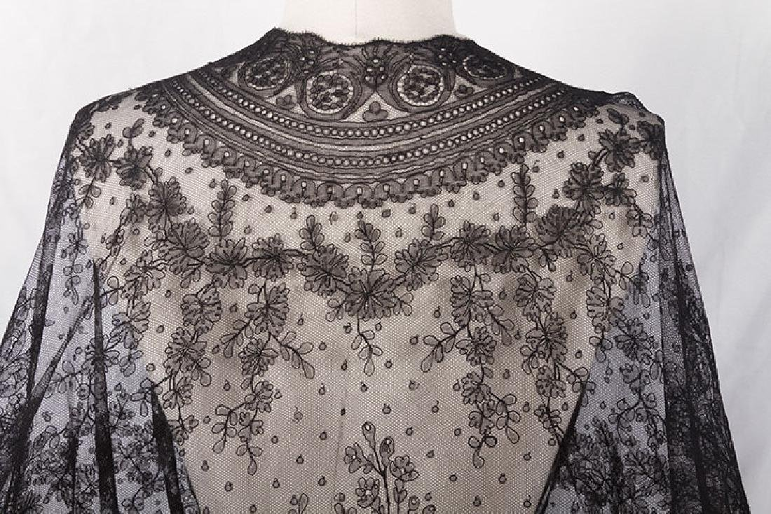 2 CHANTILLY LACE SHAWLS, MID 19TH C - 3