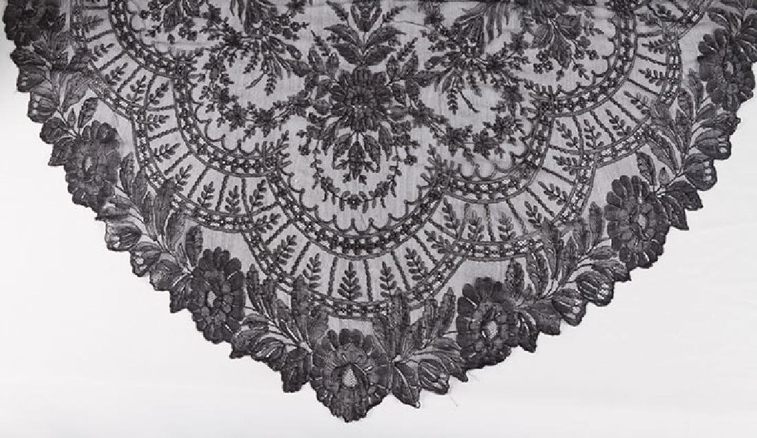 2 CHANTILLY LACE SHAWLS, MID 19TH C - 9