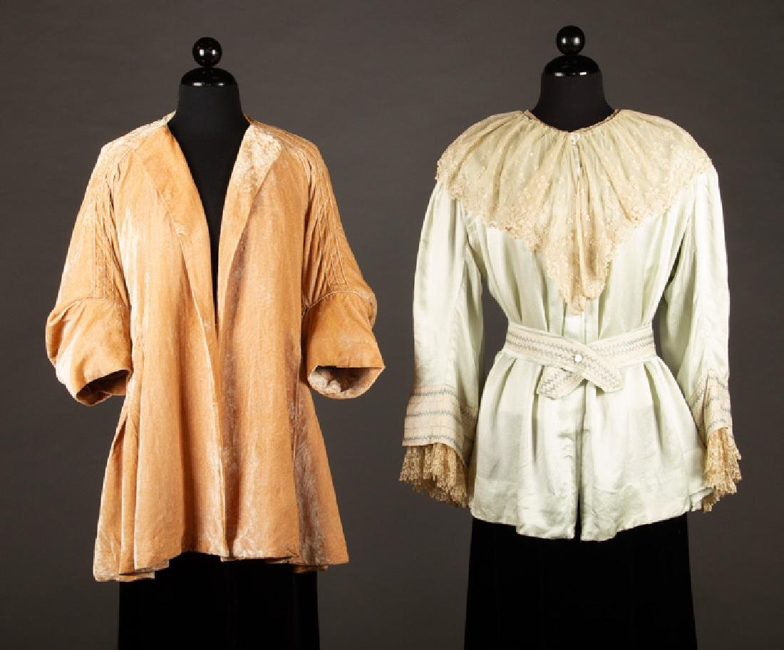 PAQUIN PEACH VELVET EVENING JACKET, PARIS