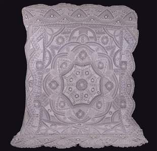 PIECED LACE ARCHITECTURAL MOTIF BED COVERING