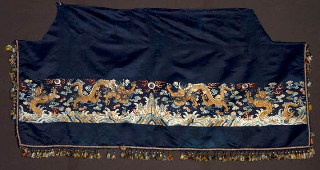 12: EMBROIDERED HORIZONTAL DRAGON PANEL, CHINA, 1800-18