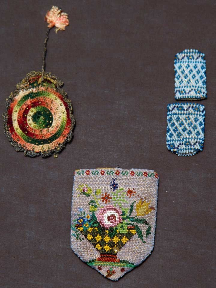 1: THREE SMALL BEADED BAGS, MEXICO, 1800-1850