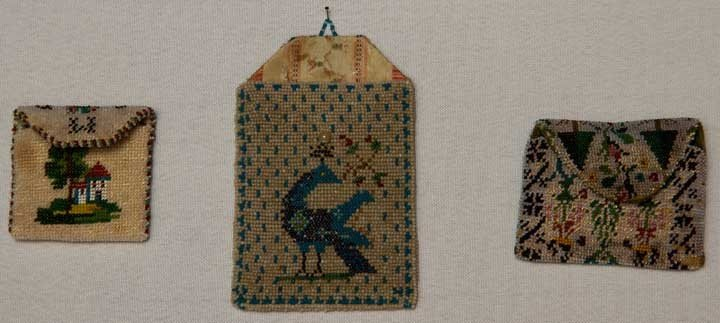 7: THREE TINY BEADED BAGS, MEXICO, 1790-1860