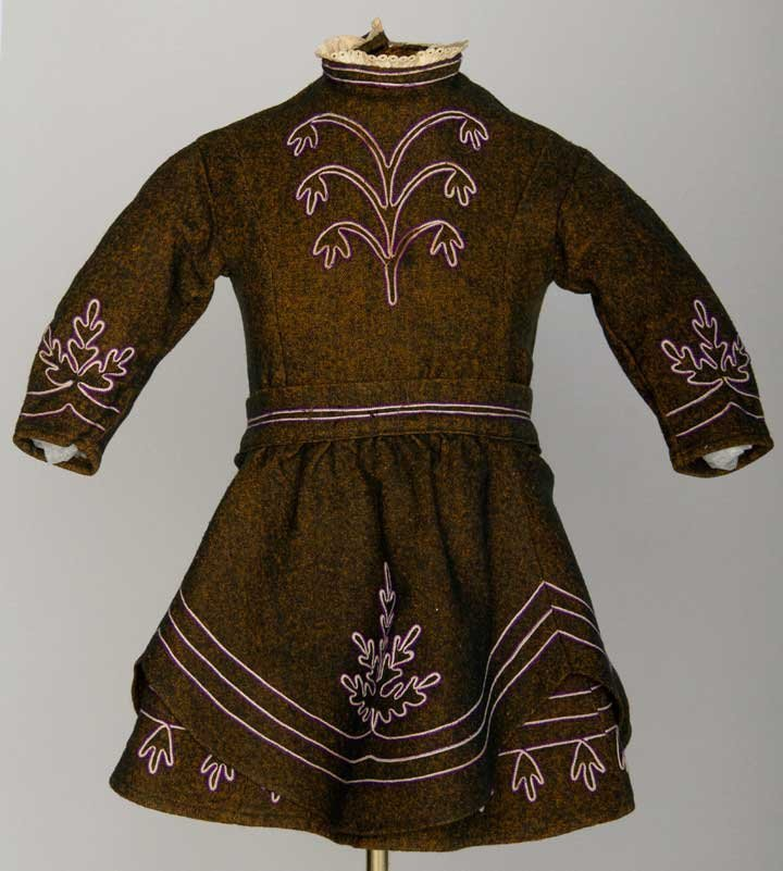 TODDLER'S WOOL BUSTLE DRESS, LATE 1860s