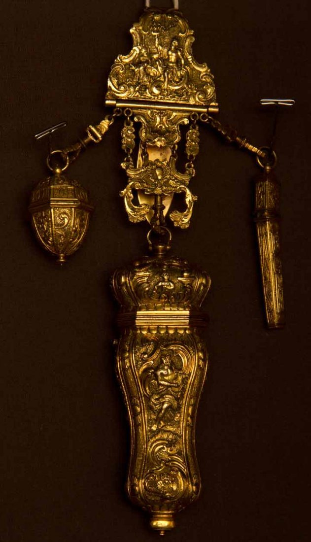 GOLD SEWING CHATELAINE, EUROPE, LATE 19TH C
