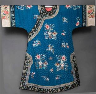 LADY'S EMBRIODERED SILK ROBE, CHINA, 19TH C