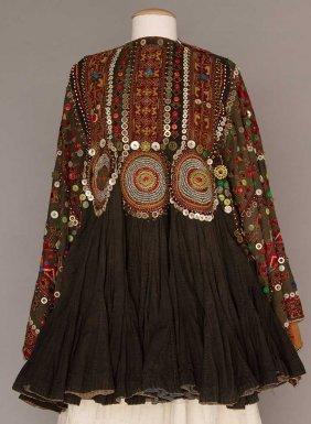 WOMAN'S JUMLO TOP, PAKISTAN,  1890-1910s