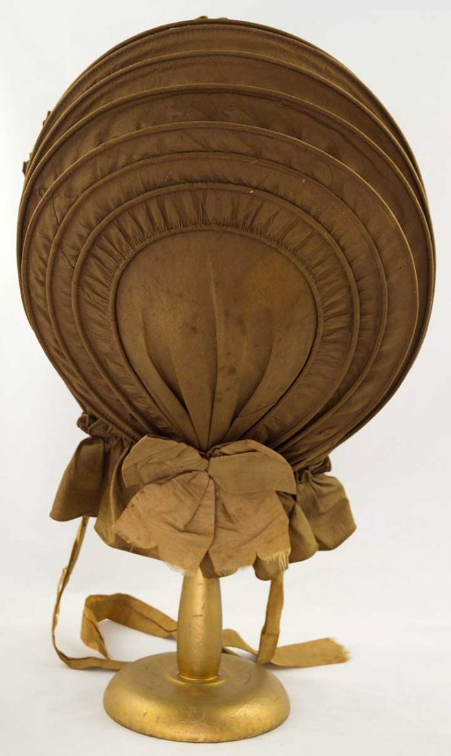 LADY'S BROWN SILK CALASH, 1790-1820