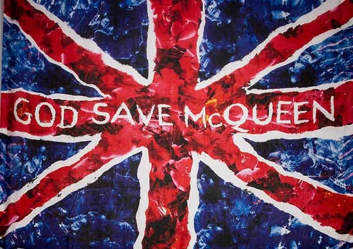"""GOD SAVE McQUEEN"" MEMORIAL SCARF, A-W 2011"