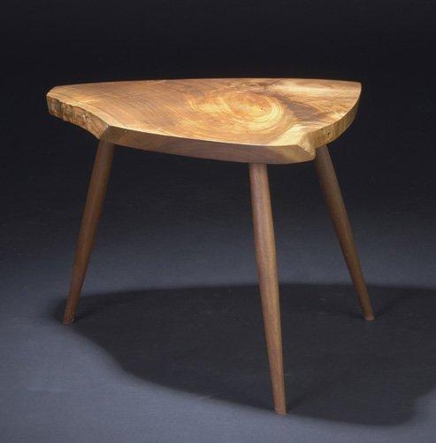 13: GEORGE NAKASHIMA Walnut Wohl table with free-edge t