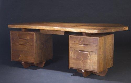 16: GEORGE NAKASHIMA Walnut double-pedestal desk with s