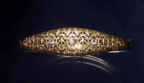 14K YELLOW GOLD, DIA BANGLE C. 1905