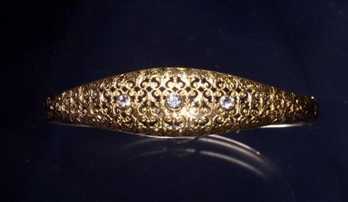 716: 14K YELLOW GOLD, DIA BANGLE C. 1905