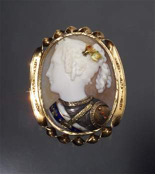 VICTORIAN SHELL CAMEO, GOLD MOUNT