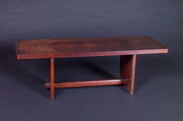 8: GEORGE NAKASHIMA Walnut bench with rectangular top o