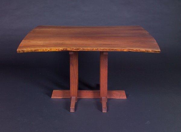 9: GEORGE NAKASHIMA Walnut Frenchman's Cove table, 1970